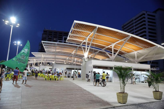 Mercado dos Peixes 696x464 - 21 Pontos turísticos de Fortaleza para incluir no seu roteiro de viagem.