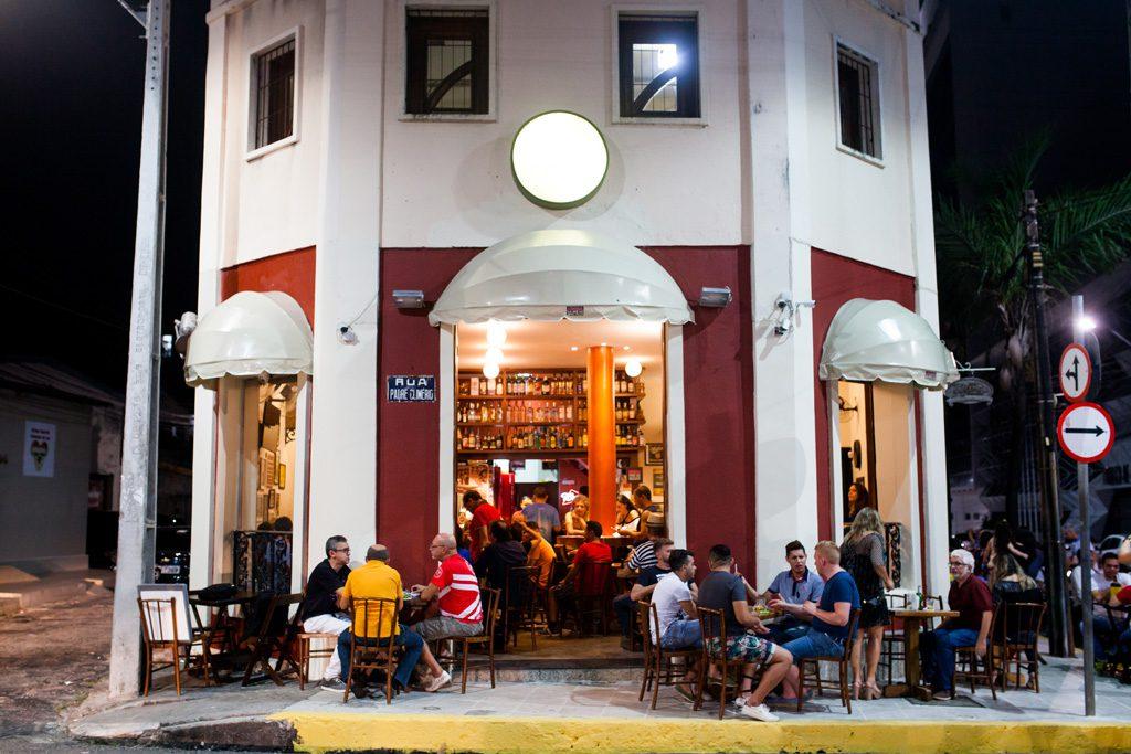 Bar Teresa & Jorge, reduto da boemia de Fortaleza