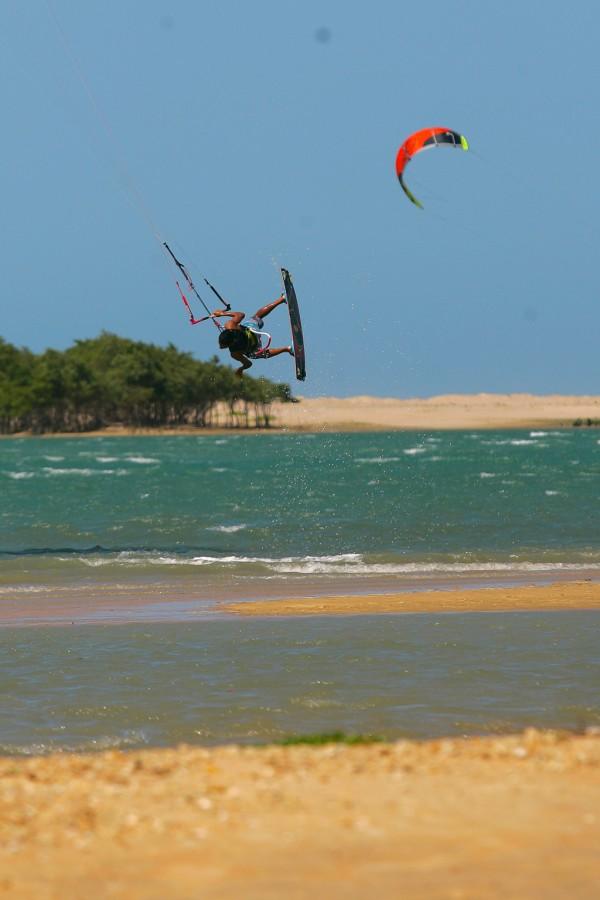 Ilha do Guajiru Foto 9 Natinho Rodrigues 600x900 - Turismo de Esporte - onde e quais modalidades praticar no Ceará