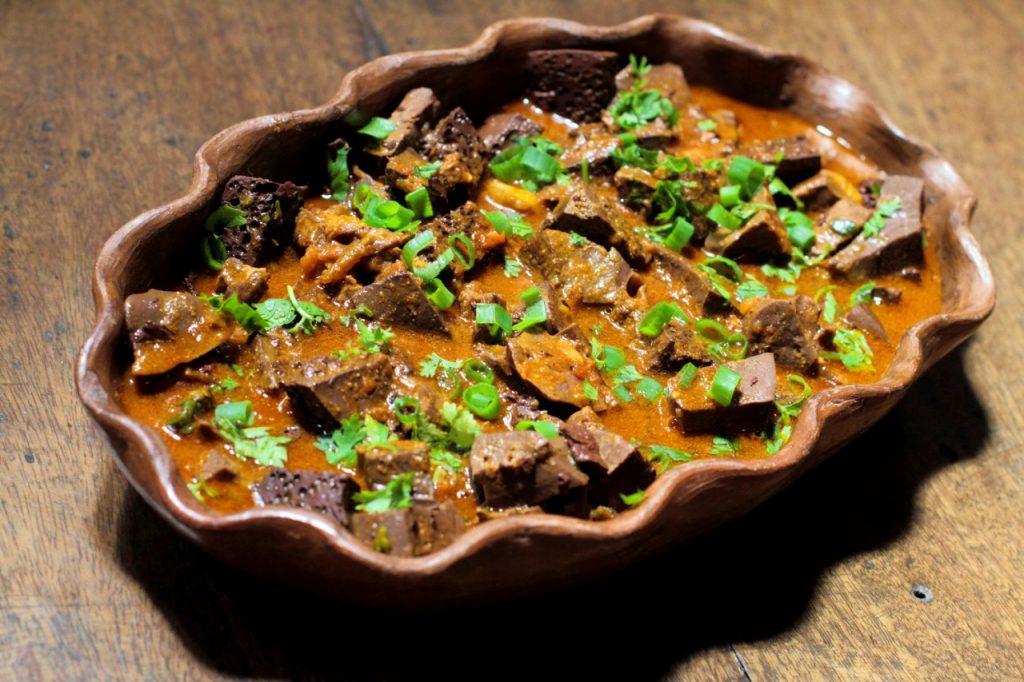 Vós Comidas Regionais Lá na Roça sarapatel 40 1024x682 - Roteiro Gastronômico: os melhores lugares para descobrir a culinária cearense