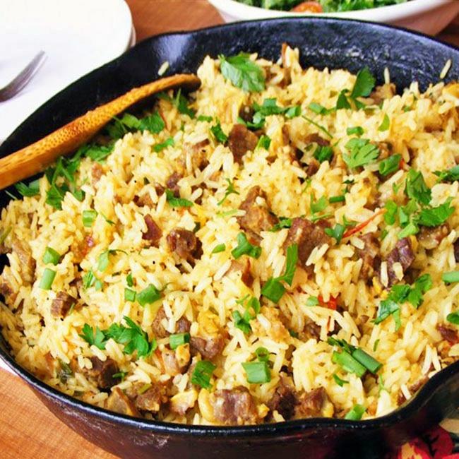 Arroz Maria Isabel é um dos melhores pratos da culinária cearense. Roteiros gastronômicos