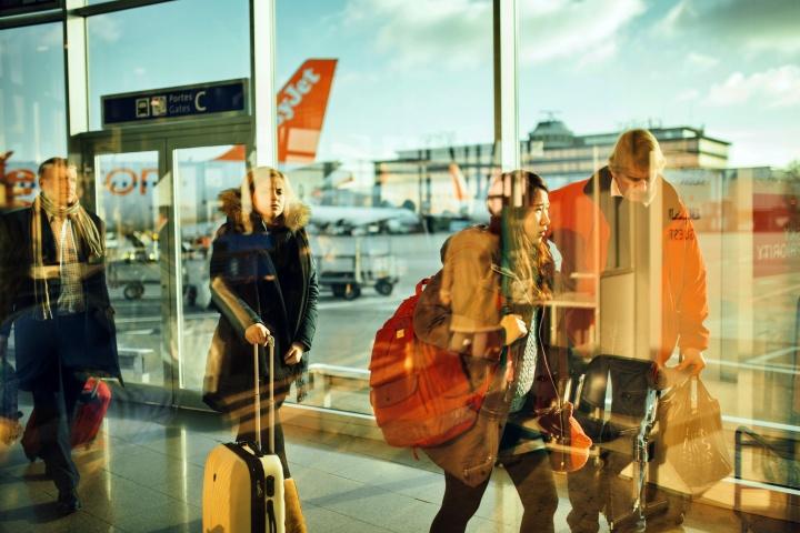 airplane airport passengers 34631 1 - Programas de fidelidade/milhagem - como aproveitar as vantagens