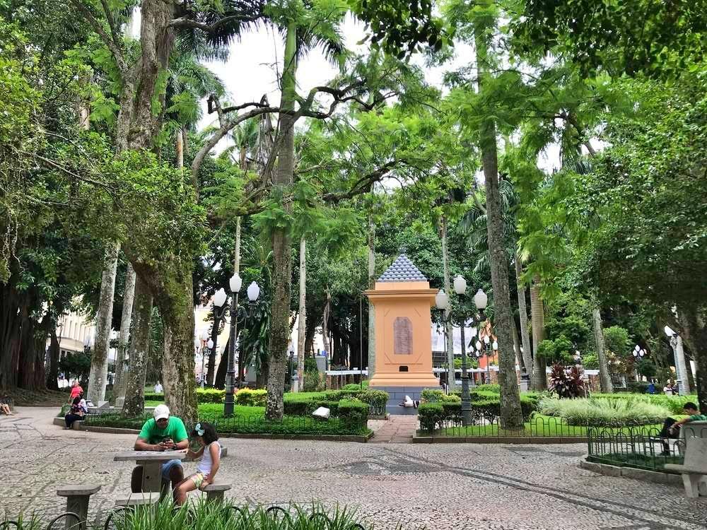 praca xv de novembro 1 - Florianópolis - os melhores passeios e locais para você aproveitar