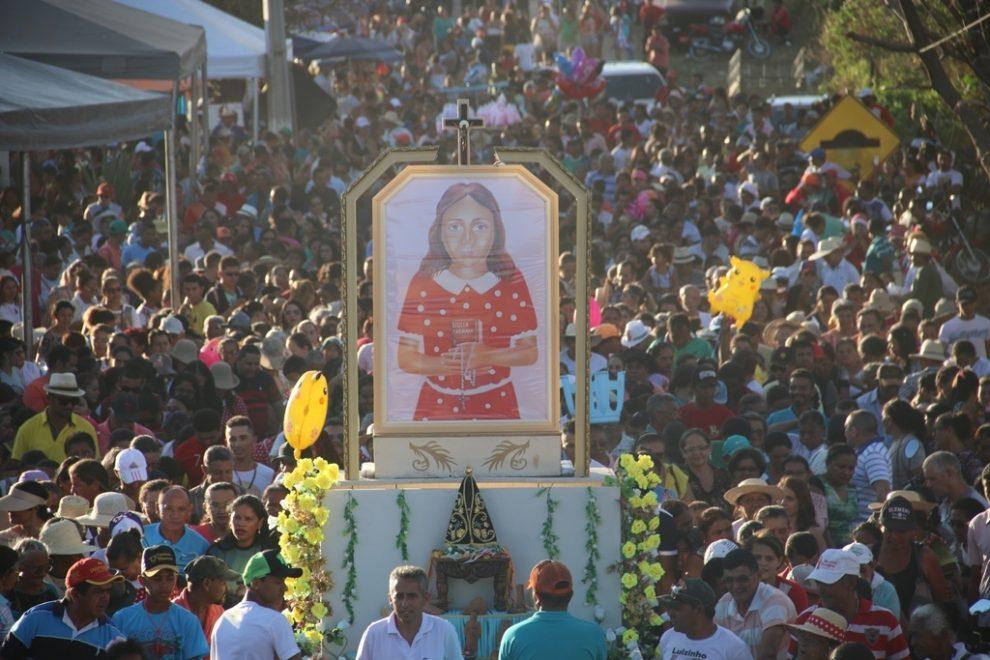 benigna1 procissão cariri site diocese de crato - Fé e devoção: conheça 5 destinos religiosos no Ceará