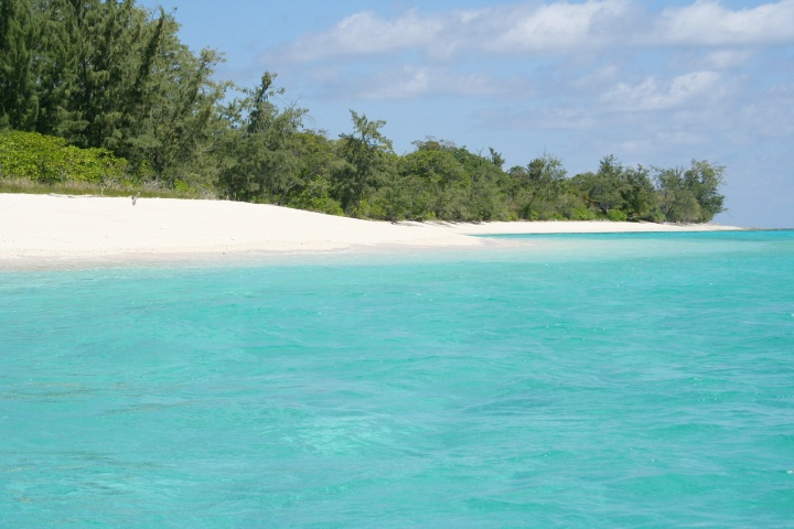 beach 228276 1280 - Descubra 9 países que falam português pelo mundo - além do Brasil