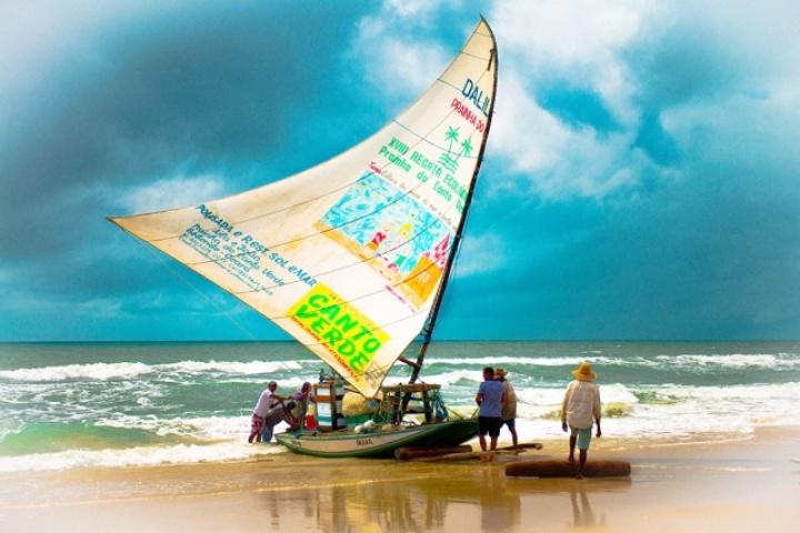 jangada chegando ba mil 640x427 - Turismo Comunitário - Descubra um novo jeito de viajar pelo Ceará
