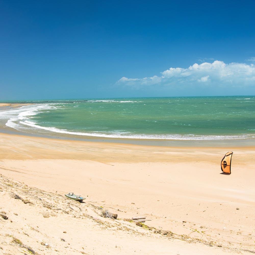 moitas galeria 2 - Como chegar a Praia de Icaraizinho de Amontada, no Ceará