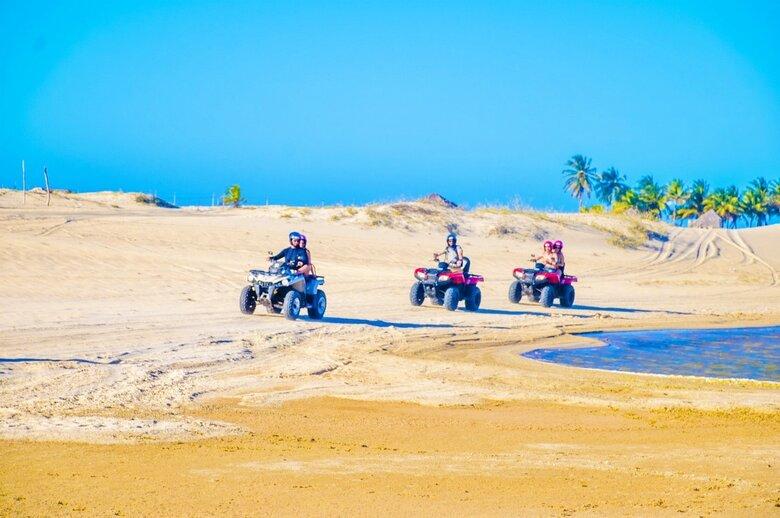 5c589c151e0000b81c99d4f3 1600777907616 - 8 motivos para você visitar Canoa Quebrada, no litoral leste cearense