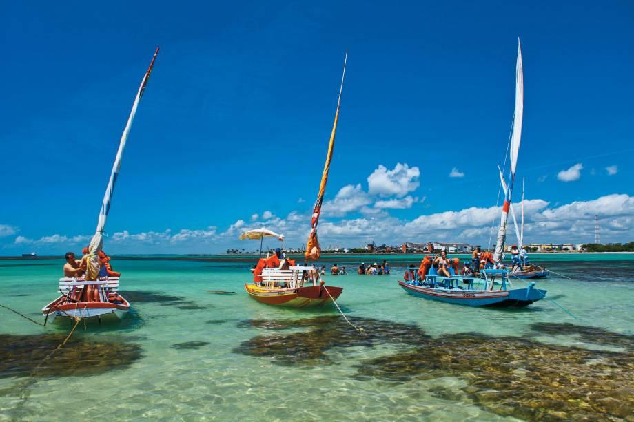 praia de pajuçara - 10 praias paradisíacas para você curtir no litoral de Alagoas