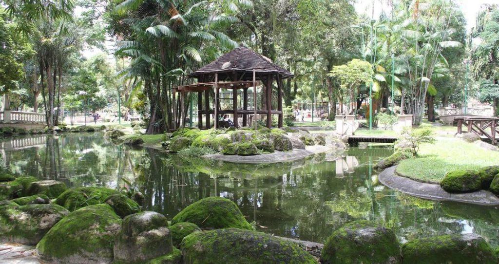 praça batista campos elivaldo pamplona 1024x542 - O que fazer em Belém do Pará: 10 lugares indispensáveis para o seu roteiro