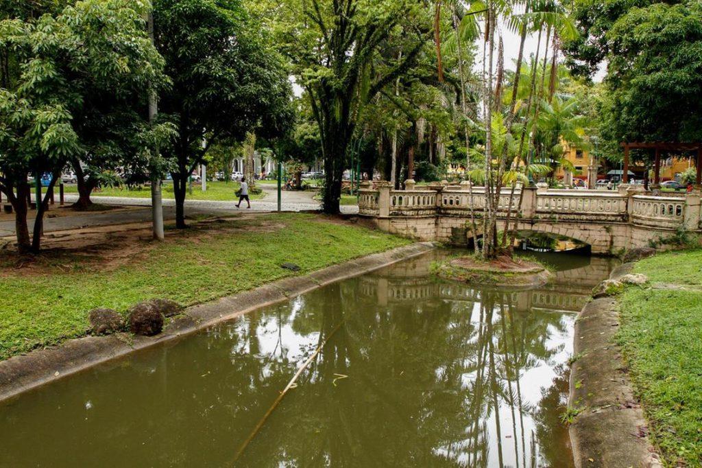 praça batista campos oswaldo forte 1 1024x682 - O que fazer em Belém do Pará: 10 lugares indispensáveis para o seu roteiro