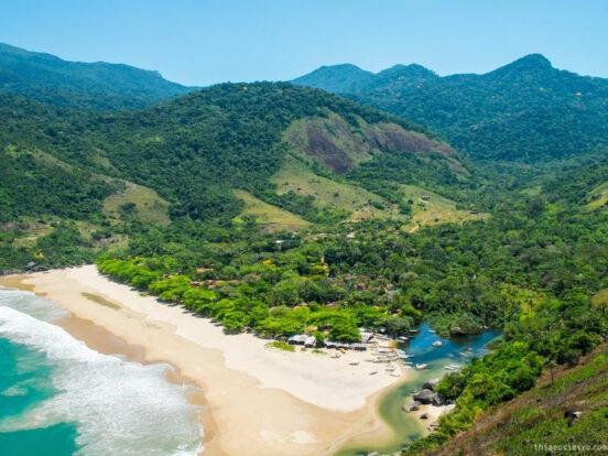 Praia do Bonete em Ilhabela Wikimedia Commons Thiago Sieiro Cunha e1598567386468 - 10  praias paradisíacas para curtir no Litoral de São Paulo