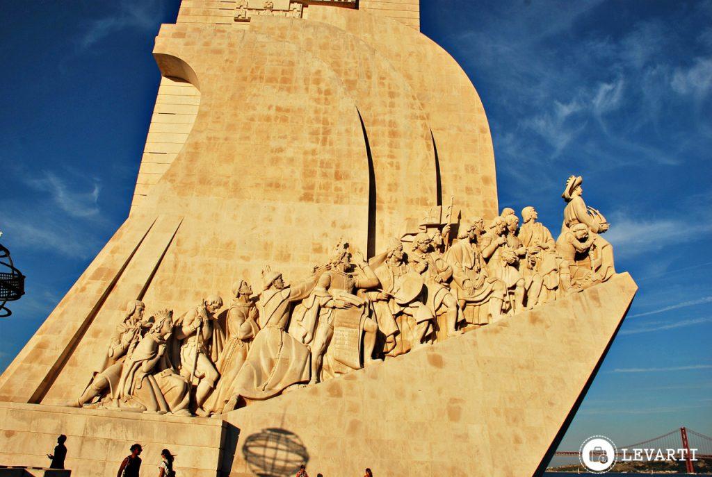 monumento–aos–descobrimentos 1024x687 - O que fazer em Lisboa: 10 passeios e atrativos para sua primeira viagem
