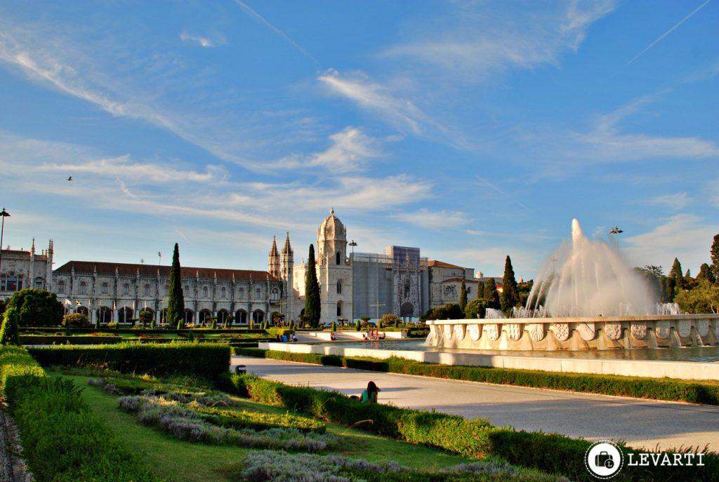 mosteiro dos jeronimos 1024x687 - O que fazer em Lisboa: 10 passeios e atrativos para sua primeira viagem