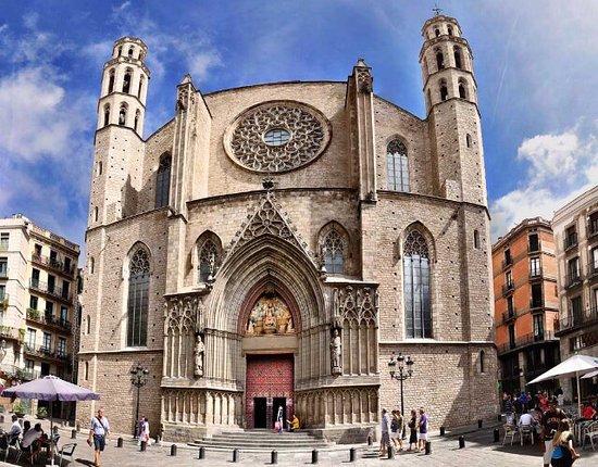 photo1jpg - 10 atrativos e passeios para fazer em Barcelona – Espanha