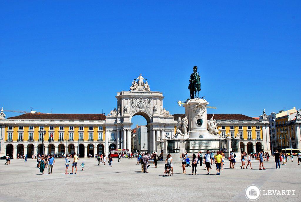 praça–do–comercio 1024x687 - O que fazer em Lisboa: 10 passeios e atrativos para sua primeira viagem