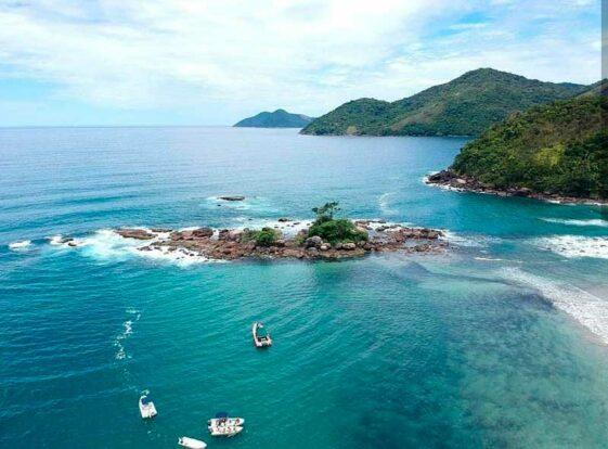 praia de castelhanos belailhabela ilhabelacombr lunigro e1598566550769 - 10  praias paradisíacas para curtir no Litoral de São Paulo