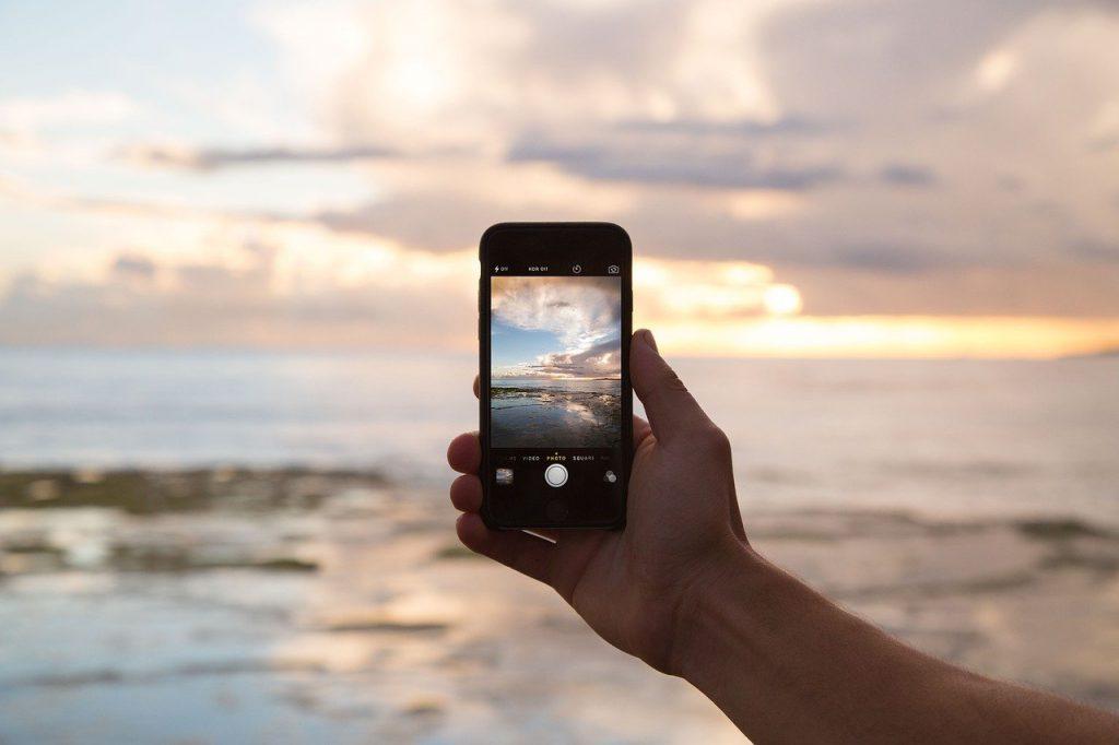 phone 690091 1280 1024x682 - Aprenda a utilizar o WhatsApp como ferramenta de Marketing na sua agência de viagens