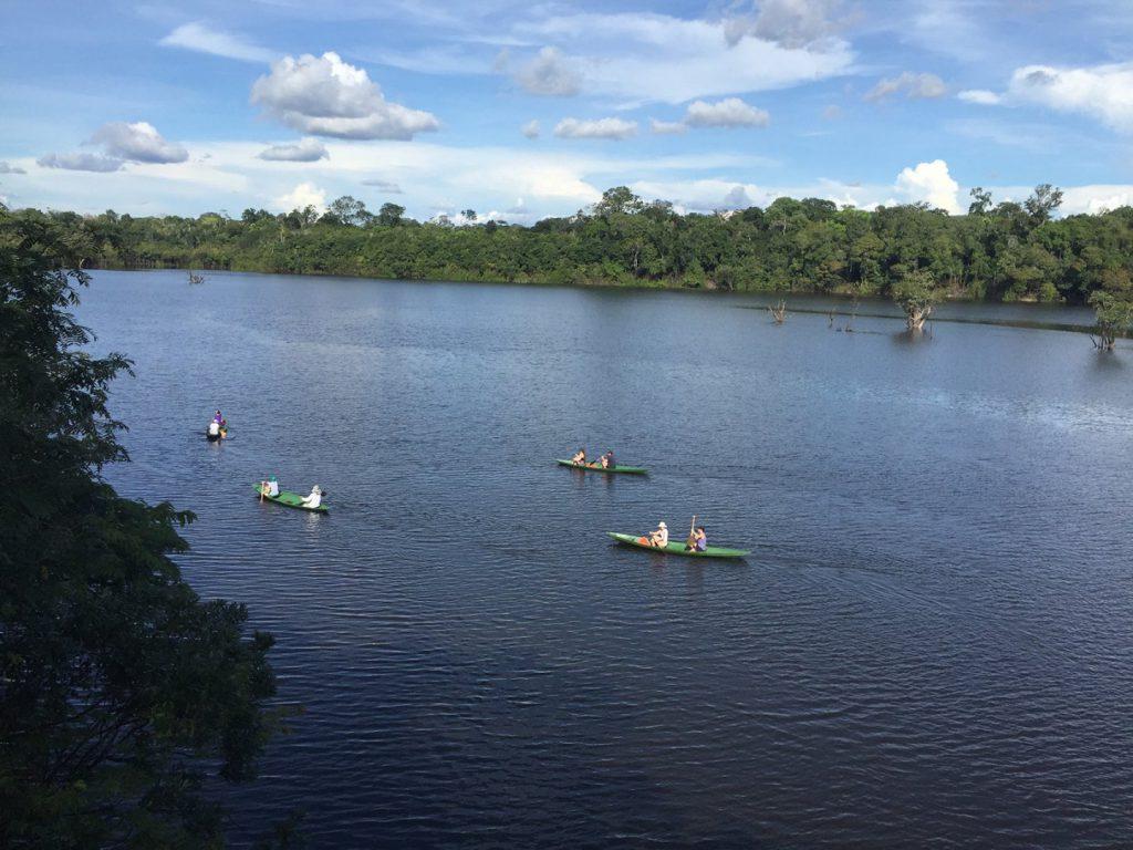1a Passeio de canoa a remo 1440x1080 1 1024x768 - Viagem segura: 10 hotéis para se isolar no Brasil em meio à natureza