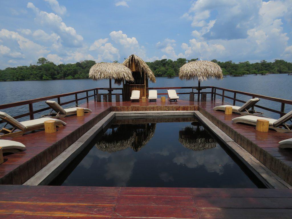 2g2 Piscina de rio 1024x768 - Viagem segura: 10 hotéis para se isolar no Brasil em meio à natureza