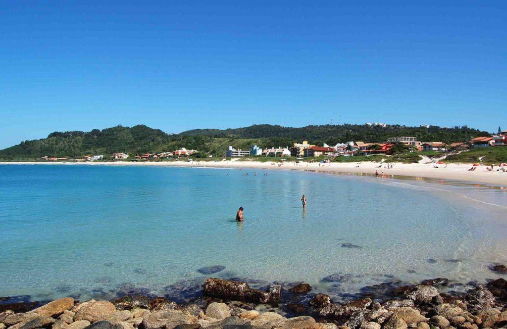 Quatroilhas4 1024x665 - 10 praias de Santa Catarina que você deveria conhecer