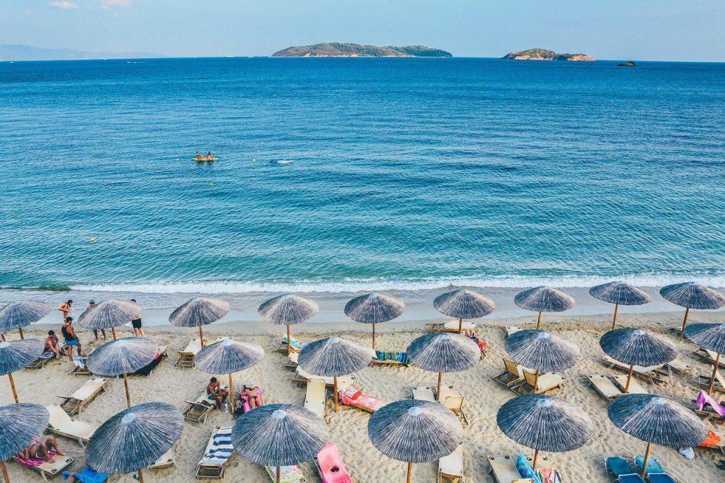 praia–do–jurerê 1024x682 - 10 praias de Santa Catarina que você deveria conhecer