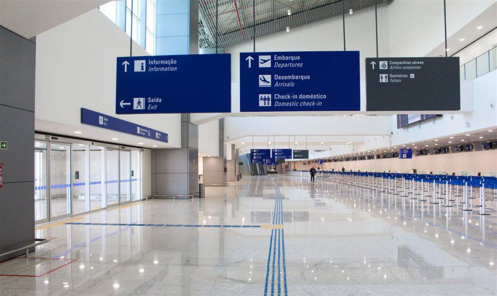 aeroporto–de–fortaleza 1024x611 - Como chegar a Praia de Icaraizinho de Amontada, no Ceará