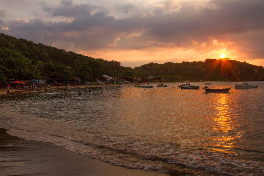 praia–da–tartaruga–búzios 1024x683 - Praias de Búzios – RJ [Guia com 8 indicações para sua viagem]