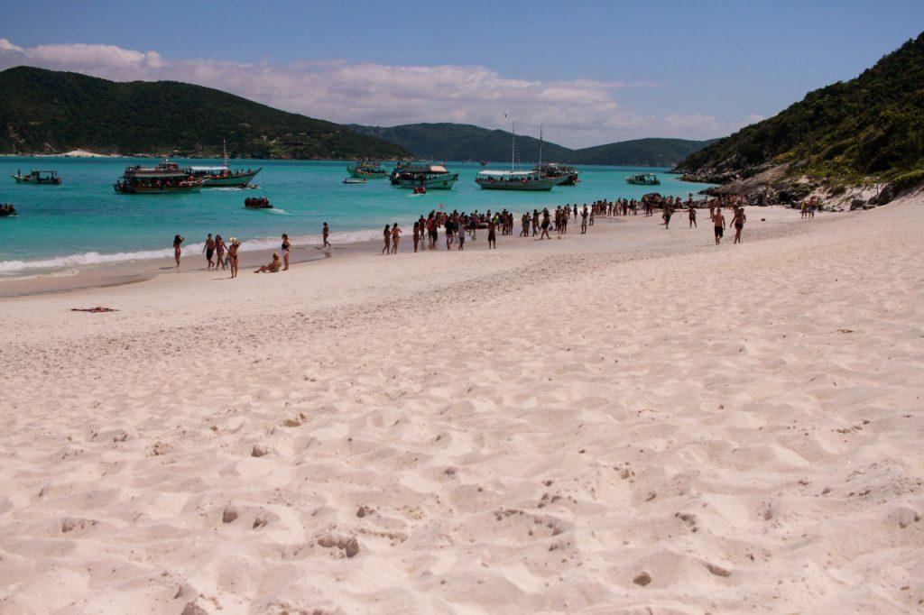 praia–do–farol–arraial–do–cabo 1024x682 - 7 cidades para conhecer no Rio de Janeiro, além da capital