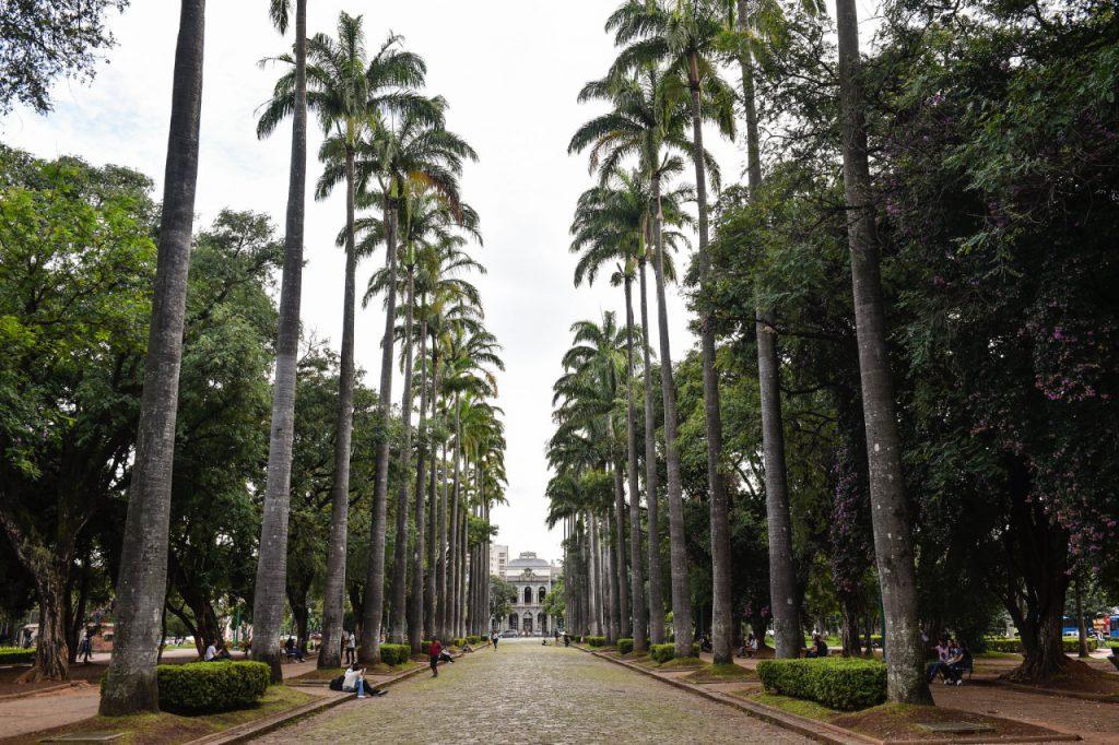 praça–da–liberdade–BH 1024x682 - 8 passeios gratuitos para se fazer em Belo Horizonte