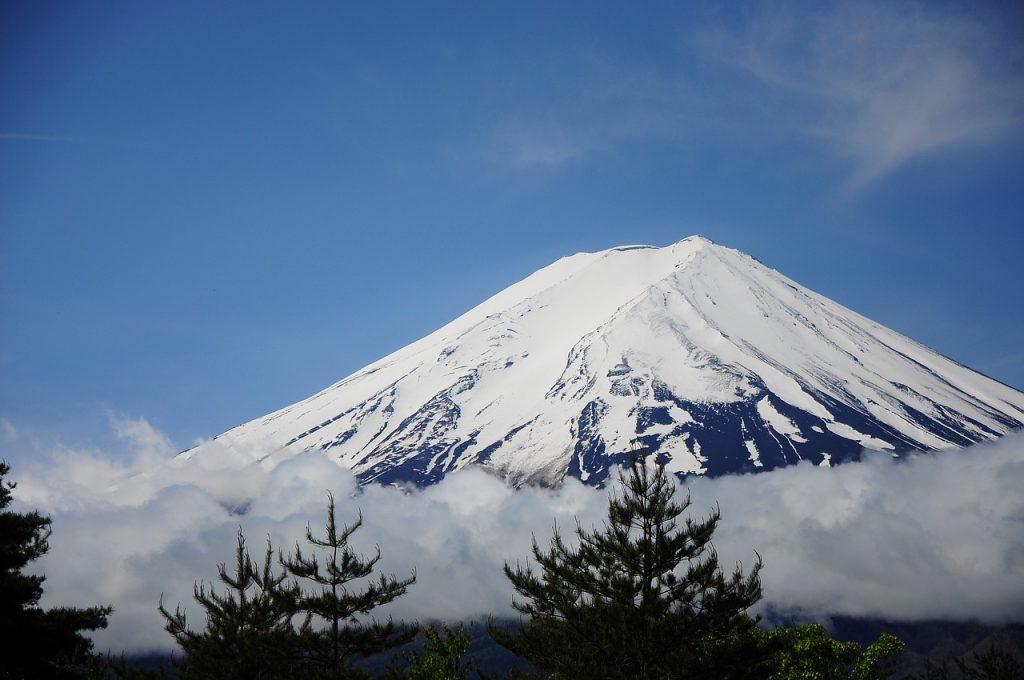mount fuji 2124485 1280 1024x680 - 4 lugares incríveis para conhecer nos arredores de Tóquio