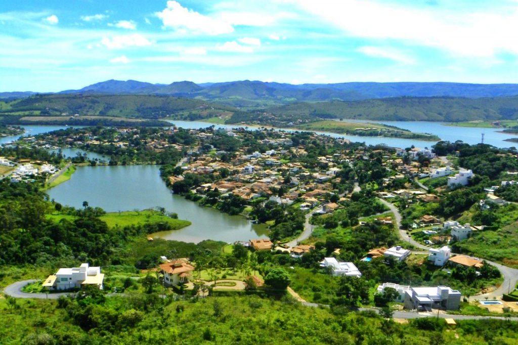 01 Escarpas do Lago 1 1024x682 - Por que todo mundo está indo conhecer Capitólio, Minas Gerais